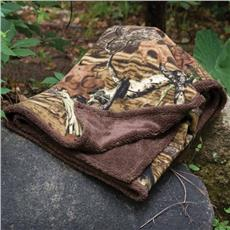 Mossy Oak Break-Up Infinity Fleece Sherpa Throw | By DomesticBin