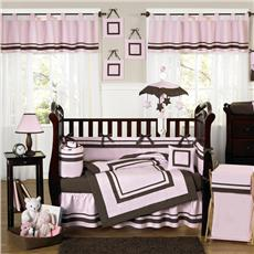 hotel_pink_chocolate_crib