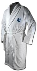 New York Yankees Team Bath Robe | By DomesticBin