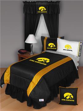 Sidelines IOWA HAWKEYES Bedding | By DomesticBin