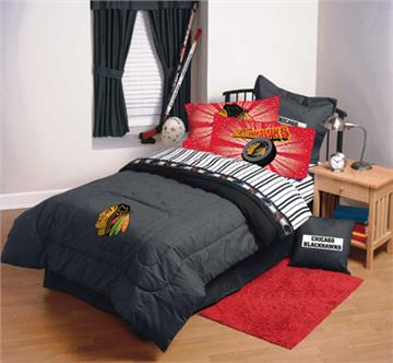 Superb CHICAGO BLACKHAWKS NHL Hockey Bedding And Accessories | By DomesticBin