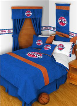 "Detroit Pistons MVP 17"" Square Pillow 