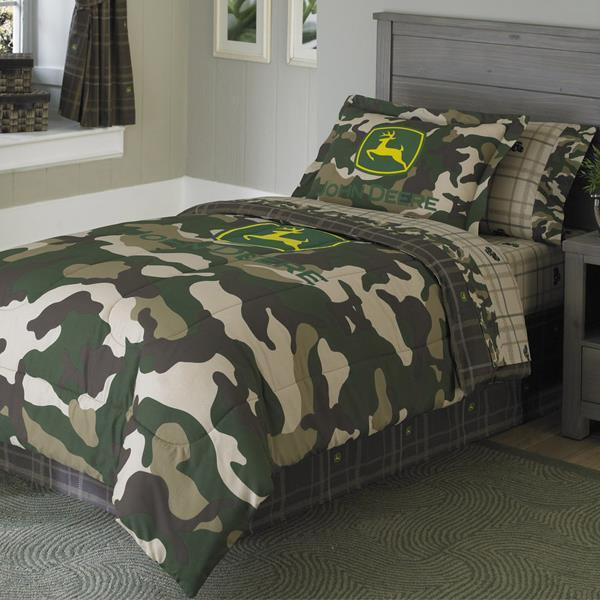 John Deere Camo Bedding